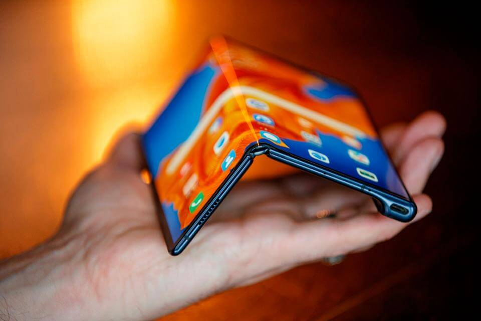 Edelleye Foldable Phone