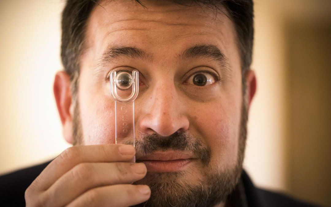 Mojo Vision crams its contact lens with AR display, processor and wireless tech – CNET